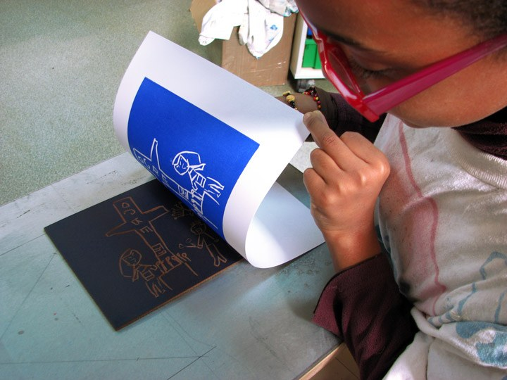 Atelier linogravure avec Spig Linocutfactory à Talence