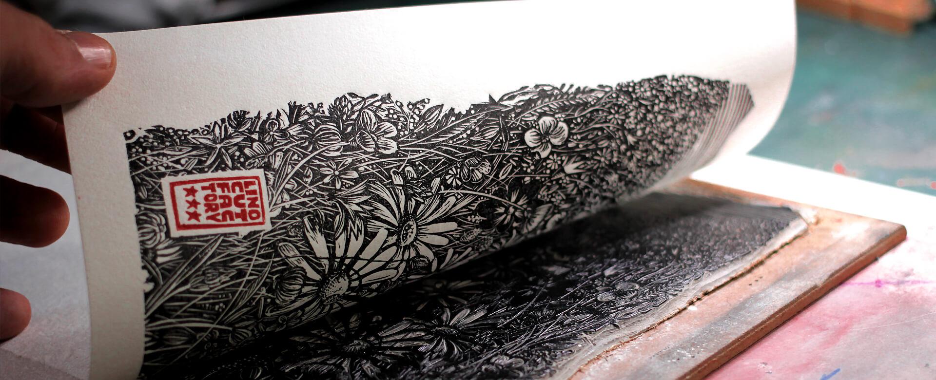 Linocutfactory création graphique en linogravure, atelier mobile de linogravure